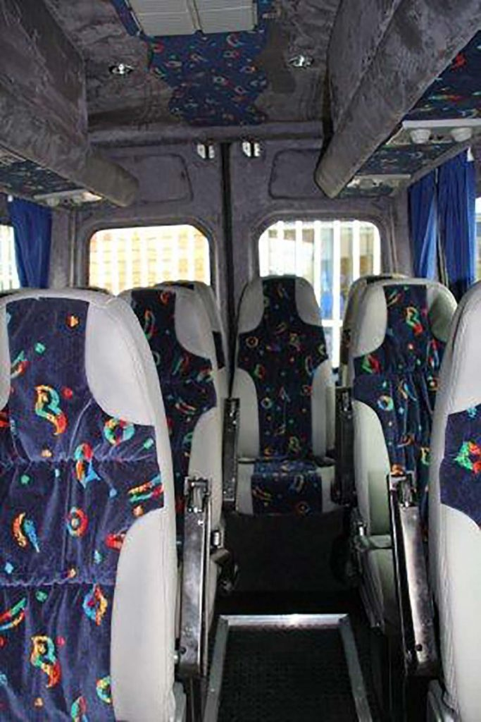 Angelo-Kater_Semi-Luxury-Bus_4